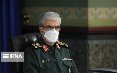 Major Gen Baqeri calls for getting stronger in all areas to thwart sanctions