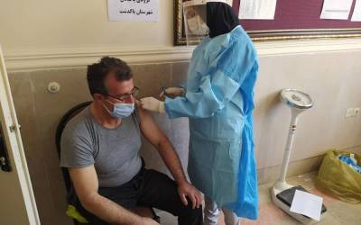 Official: 8 million Iranians to be vaccinated against COVID-19 soon